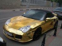 Porsche 911 - золотом не испортить (5 фото)