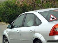 Неопытный водитель - клей значок