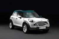 Mini привезет в Париж Crossover (5 фото)