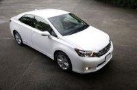 Гибрид Toyota Sai превзошел все ожидания по спросу