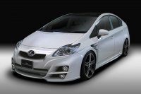 Toyota Prius Sports Line Black Bison Edition  от Wald International