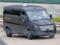 На тестах был замечен автобус Mercedes-Benz Sprinter